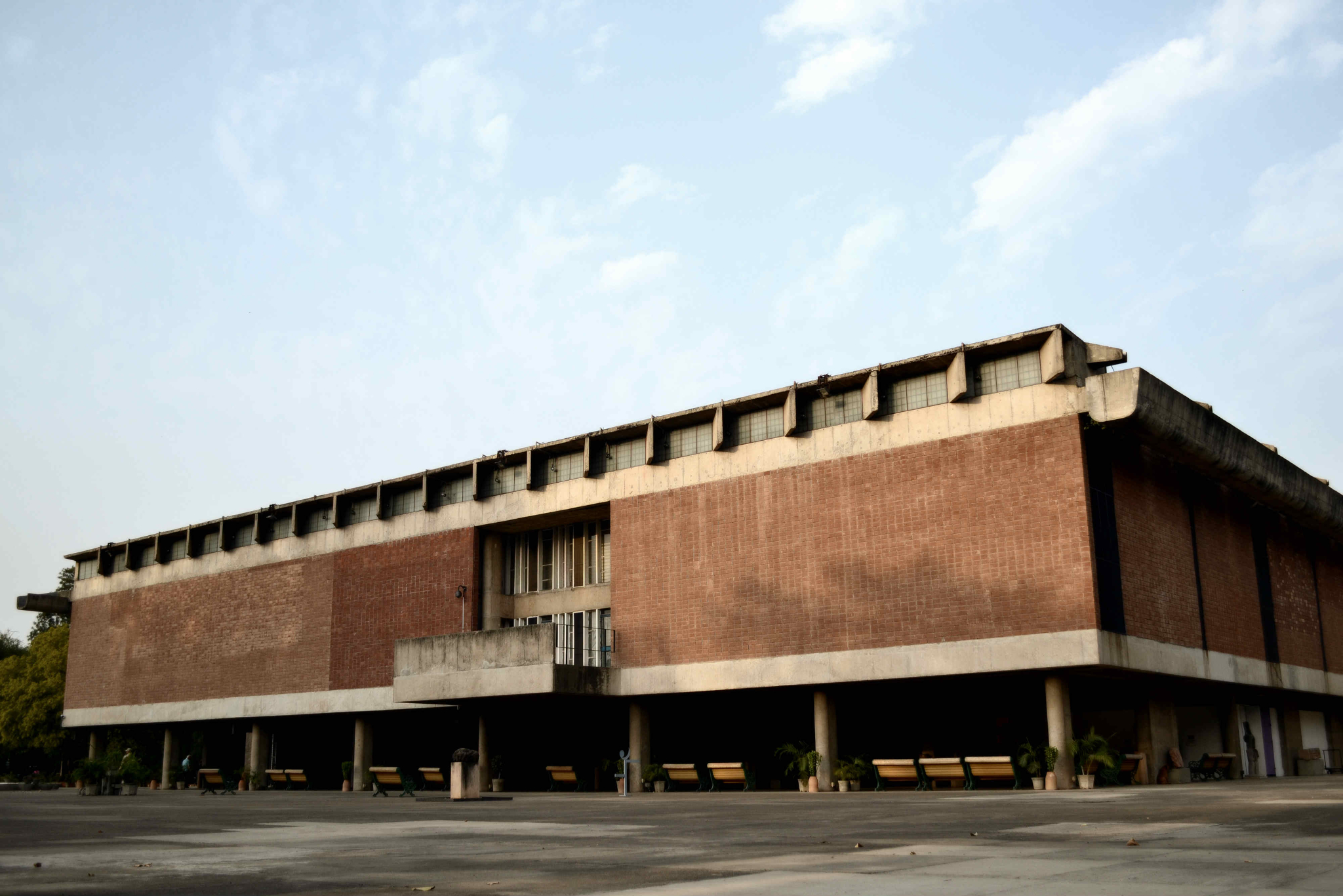 government museum and art gallery chandigarh Government museum and art gallery, chandigarh, is a premier museum of north india having collections of gandharan sculptures, pahari and rajasthani miniature.