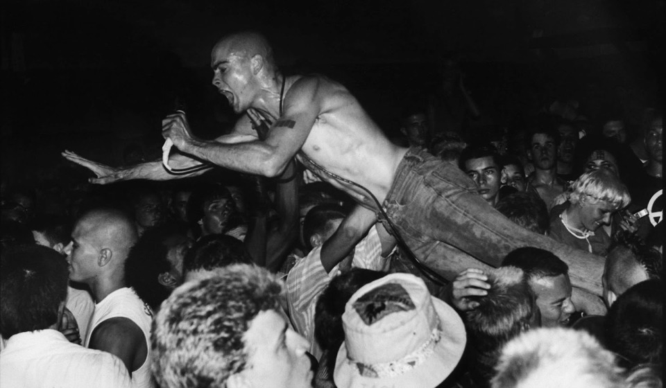Henry Rollins Does Not Enjoy the Music